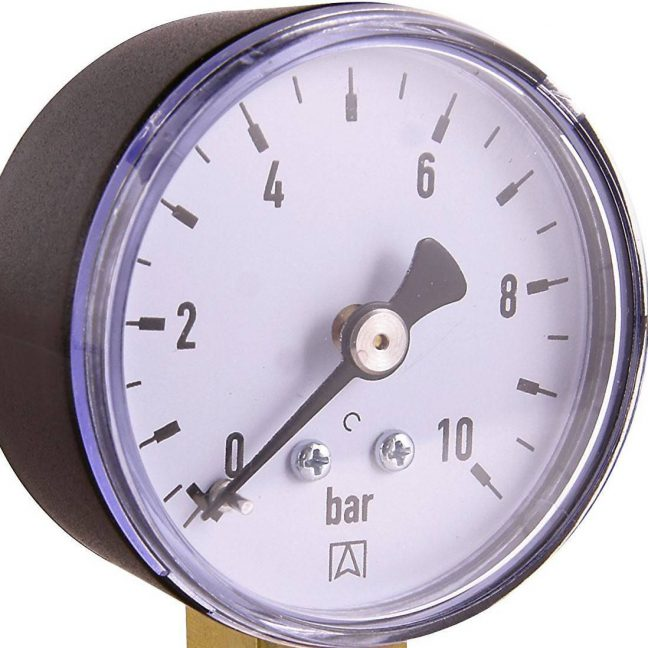 pressure gauge - manometer